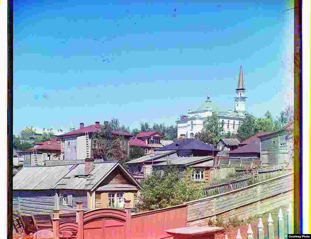 Уфаның 1830-нчы елларда төзелгән һәм мөфтият урнашкан Җәмигъ мәчете, 1910