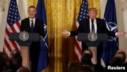 ԱՄՆ նախագահ Դոնալդ Թրամփի և ՆԱՏՕ-ի գլխավոր քարտուղար Յենս Ստոլտենբերգի համատեղ ասուլիսը Վաշինգտոնում, 12-ը ապրիլի, 2017թ․