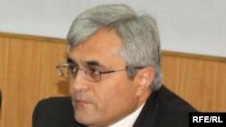 Сӯҳроб Шарифов, раиси Маракзи таҳқиқоти стратегии Тоҷикистон
