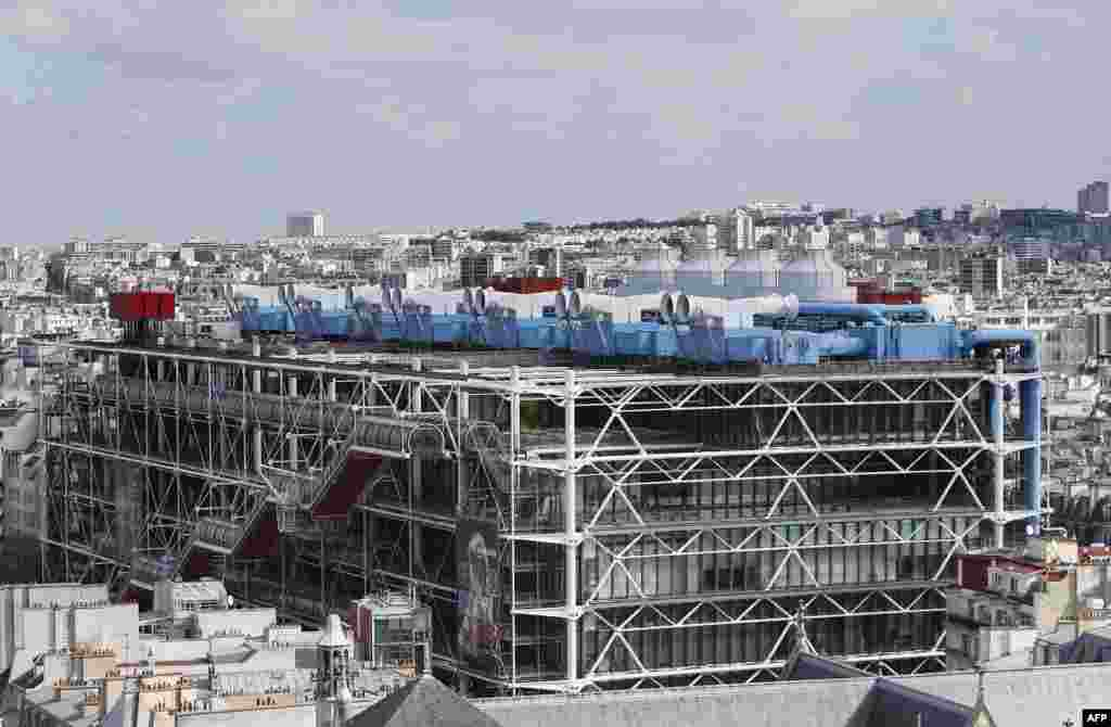 The Centre Georges Pompidou in Paris, which opened in 1977, is notable for its inside-out design, with its exposed network of multicolored pipes, tubes, and ducts. With no real facade, the museum's design was trashed by many critics at the time. Art lovers, however, continue to flock to the building, with more than 150 million visitors logged since its opening.