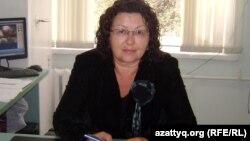 №48 мектеп-гимназия директоры Ирина Смирнова. Алматы, 27 қыркүйек 2012 жыл.