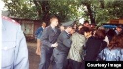 """19 iulie 2004, incidente la şcoala numărul 20 din Tiraspol (actualmente Liceul """"Lucian Blaga"""")"""