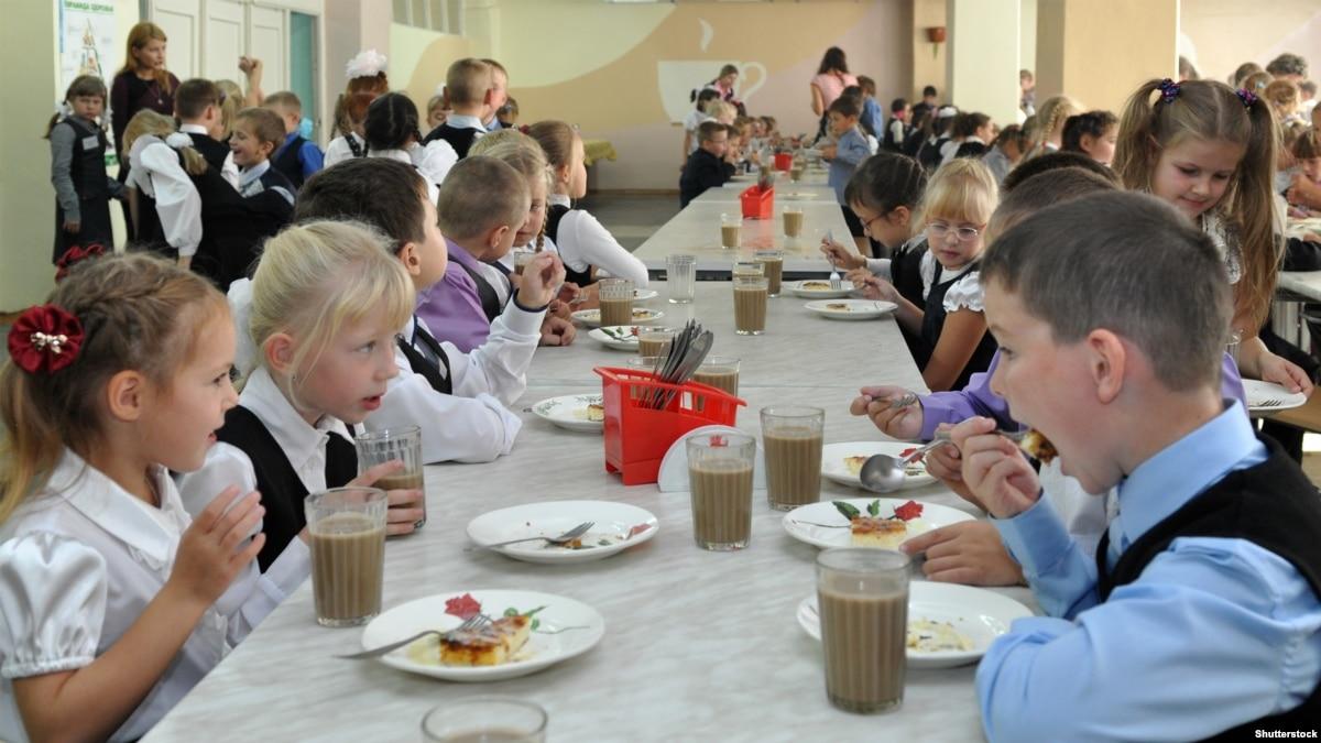 Ученики школ в Кемеровской области падают в голодные обмороки