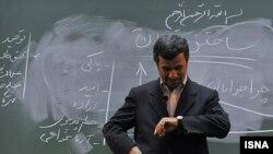Иранның экс-президенті Махмуд Ахмадинеджад.
