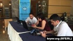 Анкара, встреча делегатов и гостей II Всемирного конгресса крымских татар