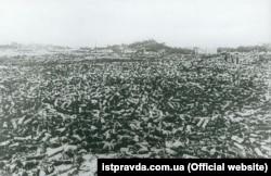 Снаряди після припинення вибухів на Звіринці, які почалися вранці 6 червня 1918 року