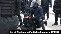 Бійки під судом у Києві, який обирав запобіжний захід Труханову