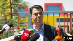 лидерот на албанската опозициска Демократската партија Љуљзим Баша