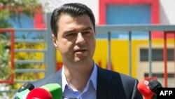Лидерот на најголемата албанска опозициска партија Демократската, Љуљзим Баша