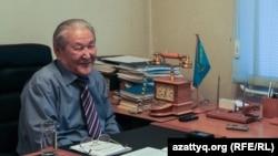 Сот шешімімен жабылған Қазақстанның коммунистік партиясының бұрынғы жетекшісі Серікболсын Әбділдин.