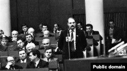 Аляксандар Лукашэнка ў Авальнай залі. Фота Ул. Сапагова