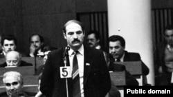 Аляксандар Лукашэнка на сэсіі Вярхоўнага САвету 12-га скліканьня, фота Ул. Сапагова