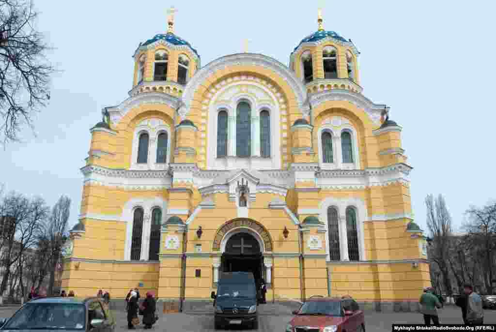 Дениса Вороненкова відспівували у Володимирському соборі – центральному соборі Української православної церкви Київського патріархату