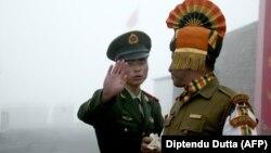 مرزبانان چینی و هندی در هیمالیا