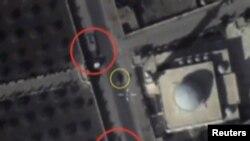 Pamje e makinave të militantëve të Shtetit Islamik në Siri, në fotografinë e publikuar nga Ministria e mbrojtjes e Rusisë