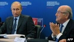 Йозеф Блаттер во время визита в Москву в октябре 2014 года