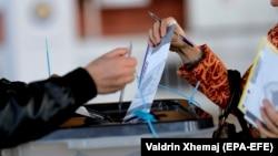 Votimet gjatë raundit të parë në zgjedhjet lokale
