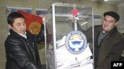 Кыргызстанда жергиликтүү кеңештерге шайлоонун чыры басыла элек