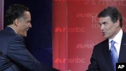 Митт Ромни и Рик Перри, сентябрь 2011.