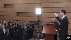 Башар Асад кайрылуу жасоодо. Дамаск, 20-июнь, 2011-жыл.