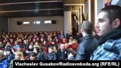Показ фільму про захисників Донецького аеропорту у Херсоні