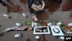 """Акция памяти жертв трагедии """"Норд-Оста"""". Октябрь 2012 года."""