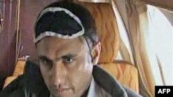Иран кыргыз учагынан түшүрүп калган Абдумалик Риги.