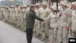 Министерот за одбрана Фатмир Бесими денеска пристигна во посета на контингентот на Армијата на Република Македонија, кој е дел од силите на ИСАФ во Кабул, Авганистан.