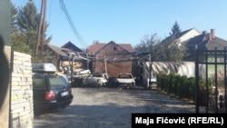 Zapaljena vozila u Severnoj Mitrovici