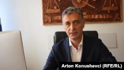 Kosovar prosecutor Aleksander Lumezi (file photo)