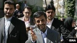 Американские законодатели не уверены в искренности президента Ирана. Эксперты же, в свою очередь, не уверены в искренности американских законодателей