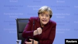 Ангеле Меркель сейчас непросто