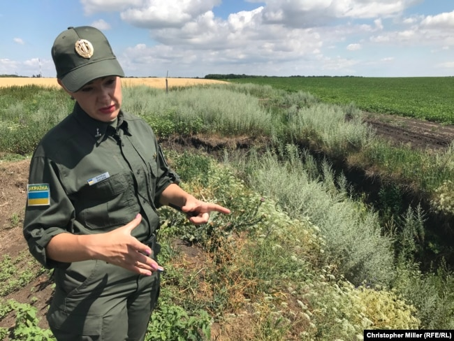 According to Oksana Ivanets, wild boars and deer are the only border violators in the vicinity of the fence at the moment.