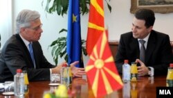Средба на премиерот Никола Груевски со високиот комесар за национални малцинства на ОБСЕ Кнут Волебек.