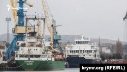 Керченский морской рыбный порт, январь, 2019 год