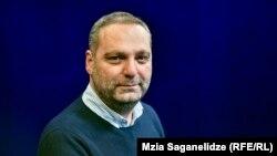 HRW-nyň Ýewropa we Merkezi Aziýa bölüminiň kömekçi direktory Giorgi Gogia