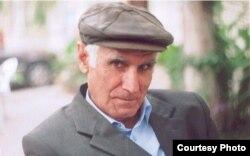 Yazıçı Əlisa Nicat.