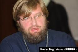 Иерей Владимир Завадич.