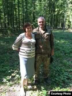 Ніна Брановицька з сином Ігорем. Житомирський полігон, вересень 2014 року