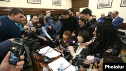 Armenia - Journalists interview leaders of the opposition Yerkir Tsirani party attending a session of Yerevan's municipal council, 13 February 2018.