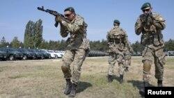 Украинские пограничники, архивное фото