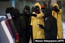 Деконтаминация аэропорта Куала-Лумпура после убийства Ким Чен Нама платком с веществом VX в 2017 году