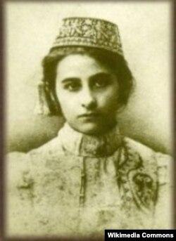 Şəfiqə xanım