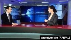 Руководитель фракции «Луйс» Совета старейшин Еревана ДавидХажакянв студии Азатутюн ТВ, Ереван, 14 марта 2019 г.