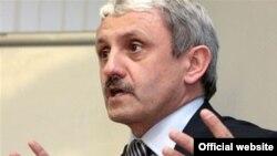 Ish kryeministri i Sllovakisë Mikullash Xhurinda