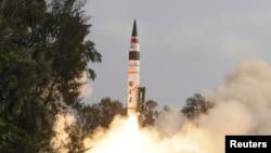 Сентябрь айында Индиянын дагы бир космос учагы Азиядан биринчи болуп Кызыл планета - Марска ийгиликтүү конгон болчу.