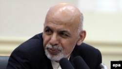 Afghan President Ashraf Ghani asked Islamabad's political and military leaders to condemn the Taliban's annual spring offensive and to put Taliban leaders in Quetta and Peshawar under house arrest.