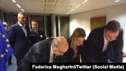 Potpisivanje sporazuma o pravosuđu, foto: Federaica Mogherini/Twitter