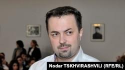 Дмитрий Шашкин привел в Минобороны людей, которые много лет путешествуют с ним из одного госведомства в другое