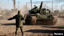 Hazırda Ukraynanın sərhədlərində Rusiyanın 7 batalyonu qalır.